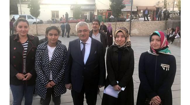 Başkan Ahmet Dölekli'den, eğitime ücretsiz kart desteği