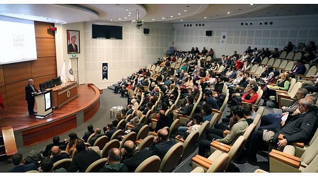 """Atatürk Üniversitesi'nde """"Siyasette Kadın Paneli"""""""