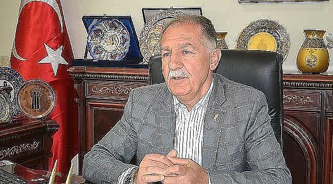 Erzurum Esnaf ve Sanatkârlar Odaları Birliği (ESOB) Başkanı Rasim Fırat, Mevlid  Kandili dolayısıyla bir kandil mesajı yayınladı