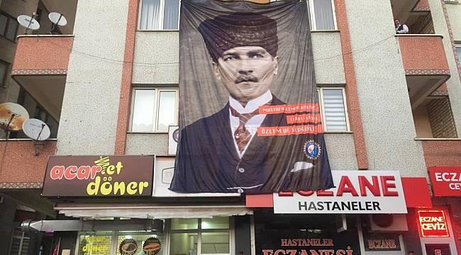 Tez-Koop-İş Sendikası Erzurum Şube Başkanı Hakan Kurt'10 kasım mesajı