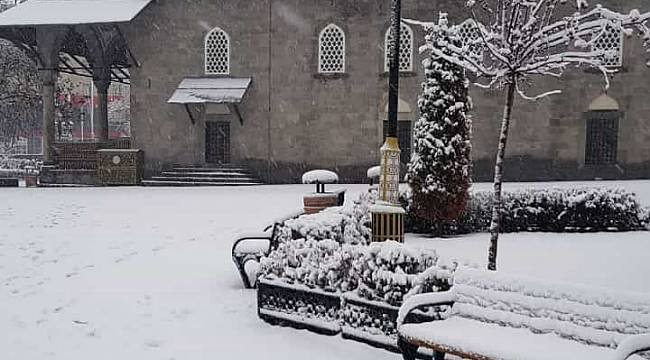 Erzurum'da seyrine doyumsuz kar manzaraları