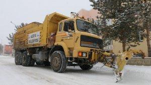 Aziziye'de karla mücadele seferberliği